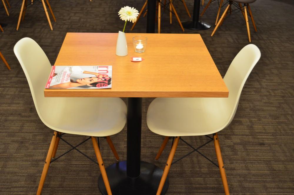 speed dating jak rozmawia Jak je večer organizován na speed dating večeru je přítomen průvodce večerem ten vám na úvod vysvětlí a připomene vše, co je potřeba.